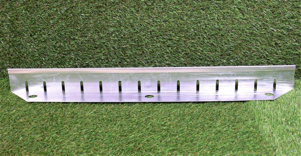 Aluminium Retention Trims Silver Green Roof Edge Trim 1